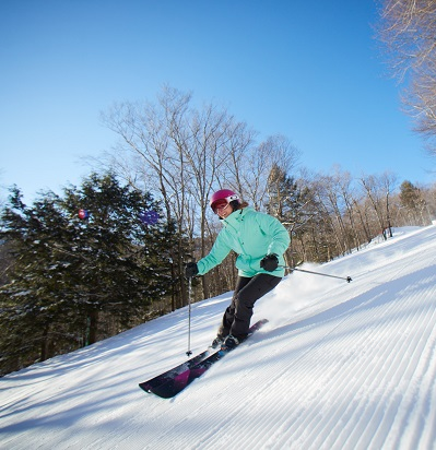BSSC Day Ski and Ride Trip Loon Mountain Skier on Bluebird Day Skies Chords